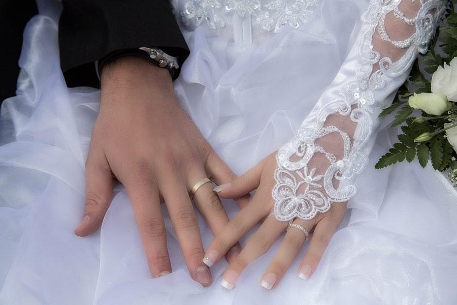 Fanáticos japoneses desechan la mercancía de Nana Mizuki al enterarse de su matrimonio